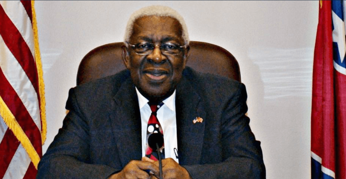 Tennessee City's 1st Black Mayor Dies From COVID-19